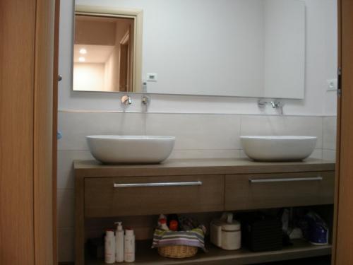 mobili bagno ferrari (4)