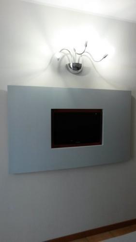 porta tv (1)